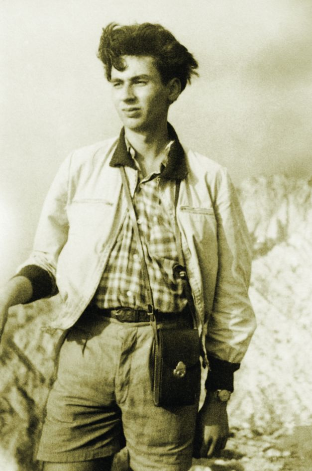 La 17 ani, Lucian Boia a urcat pentru prima data in Piatra Craiului. S-a indragostit iremediabil de lama calcaroasa a Craiului