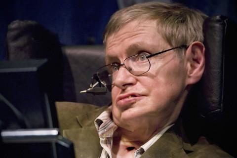 Stephen Hawking  a rezolvat problema găurilor negre