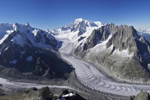 Gheața de pe Mont Blanc, conservată în Antarctica