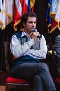Bogdan Cretu - critic literar