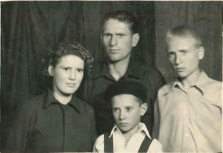 Ivan Patzaichin, matusa Pasa, unchiul Filip si fratele acestuia